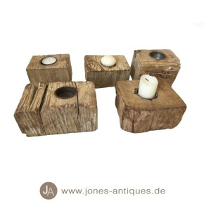 Set of 5 candlesticks made of recycled wood